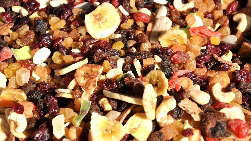 Oříšky a sušené ovoce